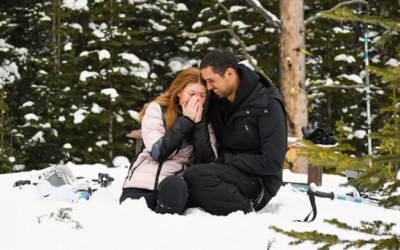 مائیکروسافٹ کے بانی بل گیٹس کی بیٹی نے مسلم گھڑسوار سے منگنی کرلی۔