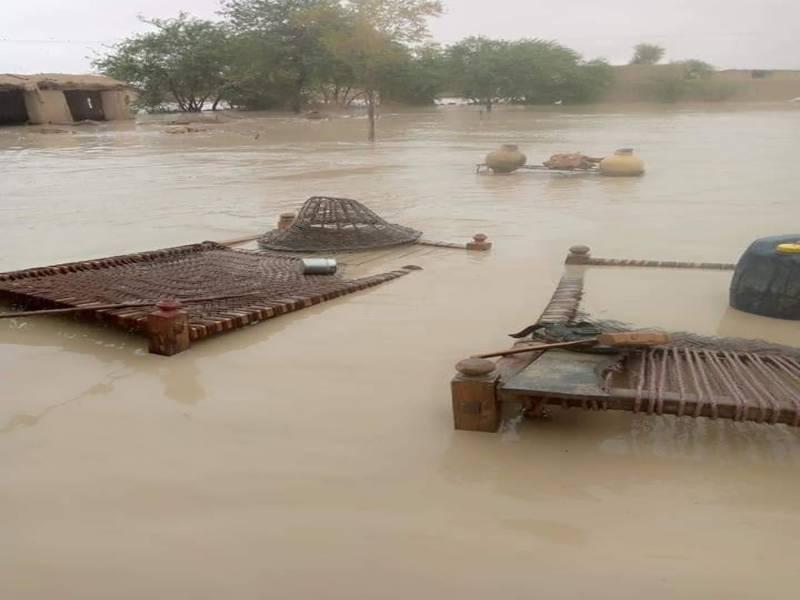 دادو: کاچھو میں تاحال سیلابی صورتحال برقرار، 300 سے زائد گاوں متاثر