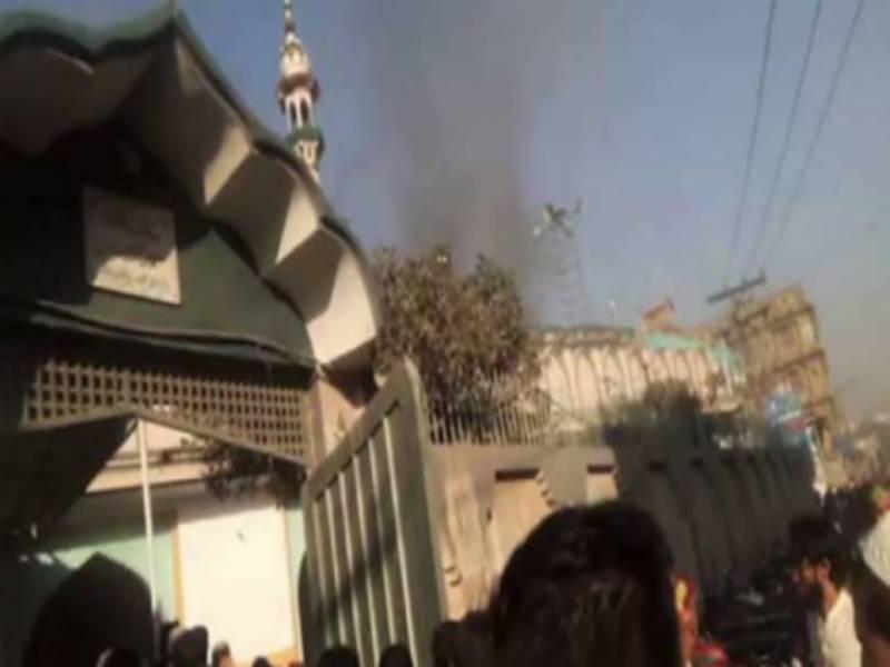 پشاورمدرسے میں دھماکہ:بچوں سمیت 8 افراد شہید، 112 زخمی