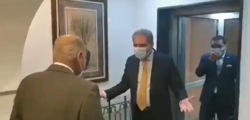 قاہرہ: وزیر خارجہ شاہ محمود قریشی کا عرب لیگ ہیڈکوارٹر کا دورہ