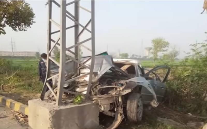 لاہورمیں خوفناک ٹریفک حادثہ،3افراد جاں بحق،2زخمی