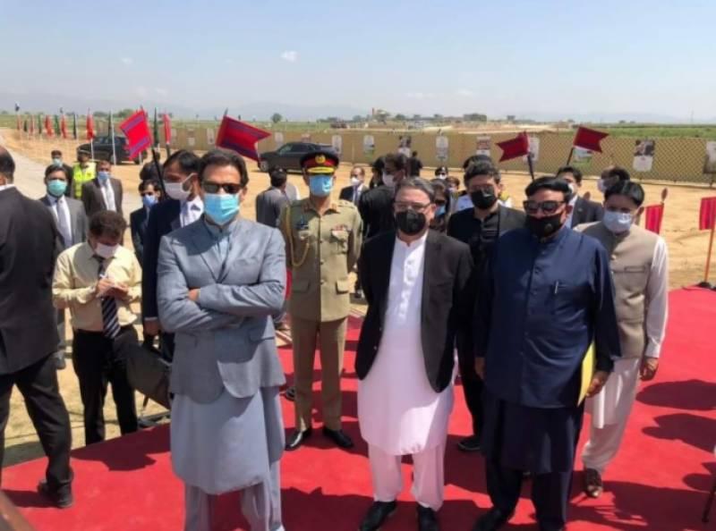اسلام آباد میں نیا پاکستان ہائوسنگ پروگرام کے تحت فراش ٹائون اپارٹمنٹس کا سنگ بنیاد رکھ دی