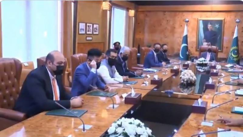 وزارت آئی ٹی مصنوعی ذہانت ، بگ ڈیٹا اور دیگر ٹیکنالوجیز میں تربیتی پروگرامزکی ٹائم لائنز طے کرے ، صدر مملکت