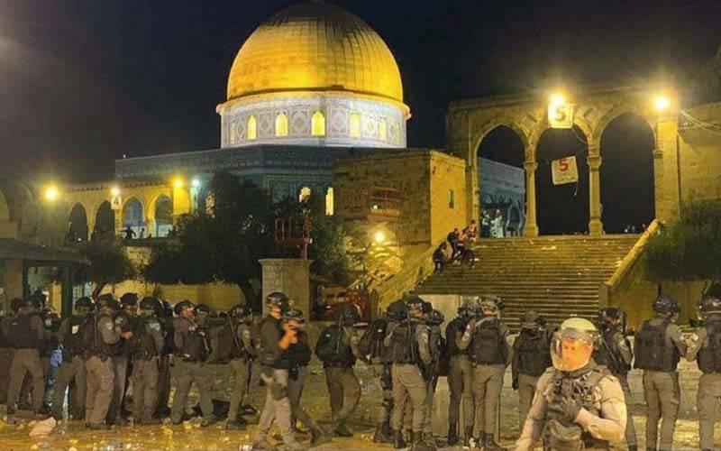 مسجد اقصیٰ میں اسرائیلی پولیس کی فائرنگ، 205فلسطینی زخمی
