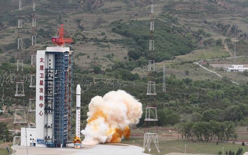 چین نے لانگ مارچ -2 ڈی راکٹ کے ذریعے چار مصنوعی سیارے لانچ کردیے