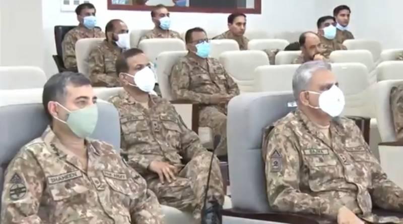 آرمی چیف کی سیالکوٹ اور کوٹلی میں فوجی مشقوں کی اختتامی تقریب میں شرکت