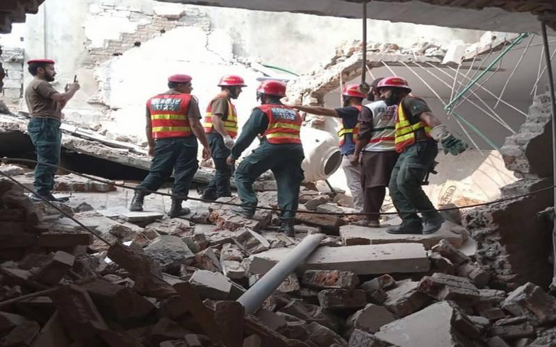 گجرات:مکان میں دھماکا، 2 افراد جاں بحق,متعدد زخمی
