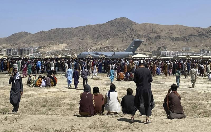امریکی شہری کابل ایئرپورٹ کی طرف جانب سے جانے سے اجتناب برتیں۔ امریکہ
