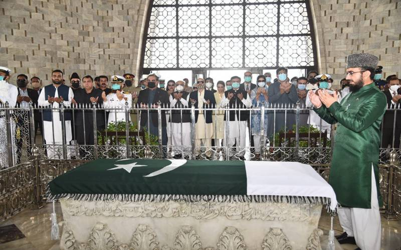 قائد اعظم کی73ویں برسی:گورنرووزیر اعلیٰ سندھ کی مزارقائد پرحاضری