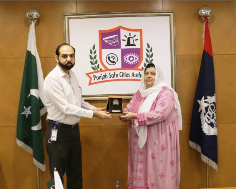 صوبائی محتسب بلوچستان صابرہ اسلام کا پنجاب سیف سٹیز اتھارٹی کا دورہ