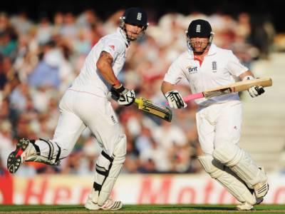 برطانوی کرکٹ ٹیم اوول ٹیسٹ میں آج تیسرے روزتین وکٹوں کے نقصان پر چارسوپچھتر رنزسے اپنی بیٹنگ کا آغاز کرے گی۔