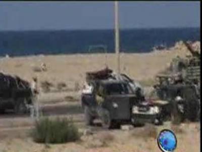 لیبیا میں باغیوں نےمعمر قذافی کے آبائی شہرسرت کے کچھ حصوں پرقبضے کا دعویٰ کیا ہے مصراتہ کے قریب بنی ولید میں بھی شدید لڑائی جاری۔