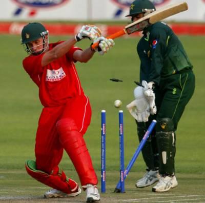 پاکستان نے دوسرے ٹی ٹونٹی میچ میں زمبابوے کو پانچ رنز سے ہرا کر سیریز دو صفر سے جیت لی