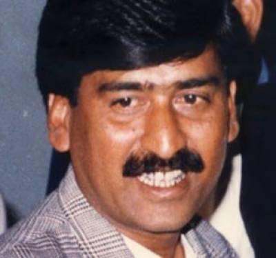 سندھ ہائیکورٹ نےمہاجرقومی موومنٹ کےچئیرمین آفاق احمد کی قتل کے مقدمےمیں ضمانت منظور کرلی۔
