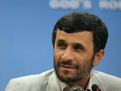 سوڈان کے ساتھ سیاسی ومعاشی تعلقات کو فروغ دینے کیلئے ایرانی صدرمحمود احمدی نژاد خرطوم پہنچ گئے