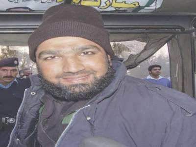 سلمان تاثیر قتل کیس کے مجرم ممتاز قادری کی سزائے موت کے خلاف اپیل کرنے والے وکلاء کے پینل میں ریٹائرڈ جج بھی شامل ۔