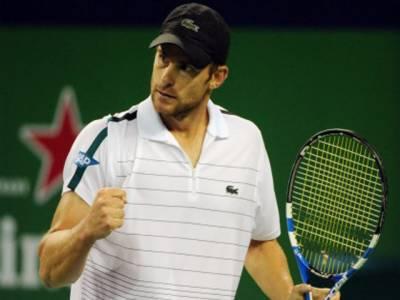 شنگھائی رولیکس ماسٹر ٹینس ٹورنامنٹ میں ڈونلڈ ینگ اور اینڈی روڈک نے اپنے میچ جیت کر اگلے راؤنڈ کے لئے کوالیفائی کرلیا ۔