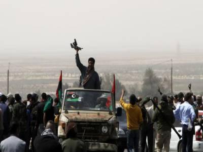لیبیامیں عبوری کونسل نےشدید لڑائی کے بعد قذافی کے آبائی قصبے سرت پرمکمل قبضہ کرلیا ۔