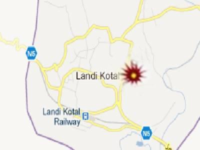 لنڈی کوتل میں بم دھماکہ،لیوی اہلکار سمیت دو افراد زخمی ۔