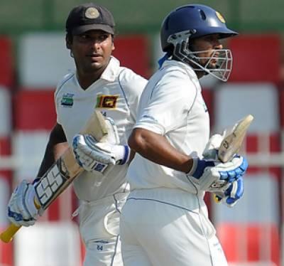 پاکستان اور سری لنکا کے درمیان تیسرے ٹیسٹ میں سری لنکا نے پہلے دن دو وکٹو ں کے نقصان پر دو سو پینتالیس رنز بنا لیے
