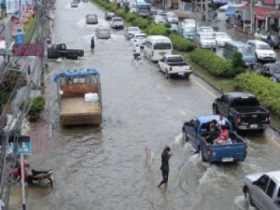 تھائی لینڈ میں گزشتہ کئی مہینوں سے جاری بارشوں اورسیلاب سے ہلاکتوں کی تعداد پانچ سوتک پہنچ گئی۔