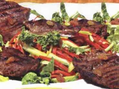بڑی عید میں کئی دنوں تک گوشت سے بنے چٹخارے دار کھانے کھا کر پیٹ کا بُرا حال ہو جاتا ہے۔ اسی لئے کھانے میں اعتدال ضروری ہے۔