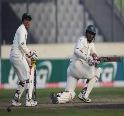 پاکستان کے خلاف دوسرے ٹیسٹ میچ کے پہلے روز کے اختتام پرمیزبان بنگلہ دیش نے اپنی پہلی اننگزمیں 5 وکٹوں کے نقصان پر234 رنزبنالئے