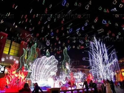 رنگا رنگ روشنیوں اور آب و تاب کیساتھ جاری بیجنگ لائٹ فیسٹیول نے سیاحوں کو مسحور کر دیا