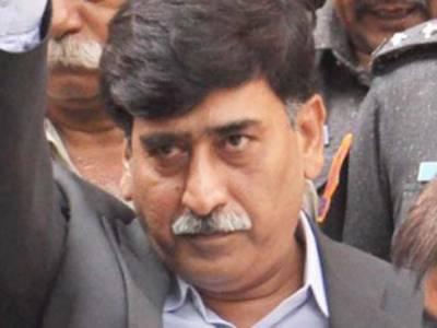 پرویز مشرف کے دورمیں جو ہوا سو ہوا لیکن جمہوری حکومت بھی آمریت سے کم نہیں نکلی، اتحادیوں کی خواہشات پوری کی جارہی ہیں۔ آفاق احمد