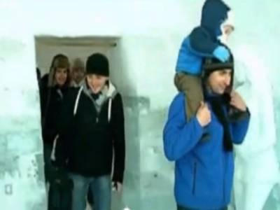 رومانیہ میں برف سے تعمیرآئس ہوٹل عوام کی تفریح کیلئے کھول دیا گیا ہے۔