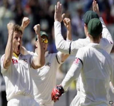 آسٹریلیا نے بھارت کو پہلے ٹیسٹ میچ میں ایک سو بائیس رنز سے شکست دے کر چار میچوں کی سیریز میں ایک صفر سے برتری حاصل کرلی ہے۔