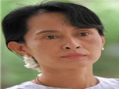 برما میں حزب اختلاف کی رہنما آنگ سان سوچی نے ضمنی انتخابات میں حصہ لینے کے لئےرجسٹریشن کروالی ۔
