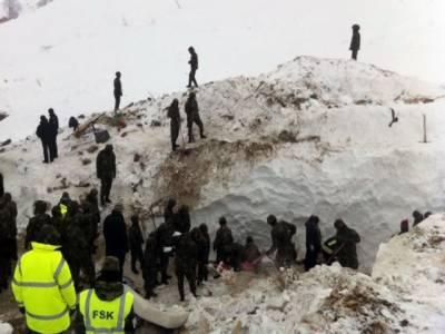 یورپ میں شدید ترین سردی اور برفباری کا سلسلہ جاری، ہلاکتوں کی تعداد چھ سے سے بھی تجاوز کرگئی ۔