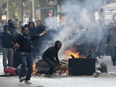 شام میں فورسز اورحکومت مخالفین میں جھڑپوں کےنتیجے میں سوافراد ہلاک جبکہ متعدد زخمی ہوگئے۔