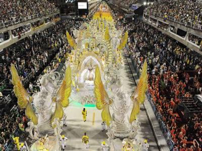 برازیل کارنیول کے آخری روزمختلف سکولوں کے طلباؤ طالبات کی دلچسپ سمبا پرفارمنسز نے حاضرین کے دل موہ لیے۔