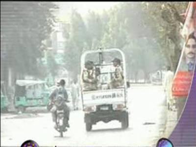 کراچی کے علاقے لیاری میں رینجرز نے کارروائی کرتےہوئے ٹارگٹ کلنگ میں مطلوب چار ملزمان کو اسلحہ سمیت گرفتار کرلیا۔