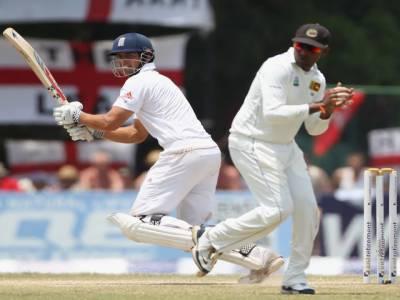 انگلینڈ نےدوسرے ٹیسٹ میں سری لنکاکو آٹھ وکٹوں سے شکست دیکر سیریز ایک، ایک سے برابر کردی ۔