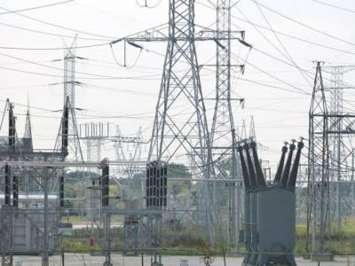 شارٹ فال چار ہزار میگاواٹ ہونے کے بعد ملک بھر میں بجلی کی لوڈ شیڈنگ میں بھی اضافہ ہوگیا، حکومت بحران پر قابو پانے میں ناکام ہے۔