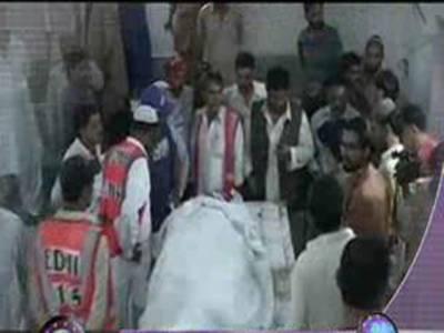 کراچی ٹارگٹ کلنگ، موٹر سائیکل سوار کو موت کے گھاٹ اتار دیا گیا۔ شوہر نے بیوی اور بھانجے کو گولیاں مارنے کے بعدخود کشی کرلی۔