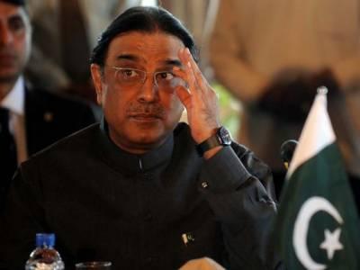 لاہورہائیکورٹ کا دوعہدہ کیس کا تفصیلی فیصلہ جاری، عدالت عالیہ نے صدر آصف علی زرداری کوایک عہدہ چھوڑنے کے لئے پانچ ستمبر تک کا وقت دیا۔