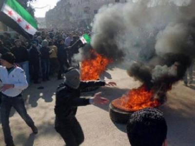 شام: مختلف حصوں میں سرکاری فورسز اور باغیوں کےدرمیان جاری لڑائی, ایک دن میں دوسواڑتالیس افراد کی ہلاکت کی اطلاعات۔