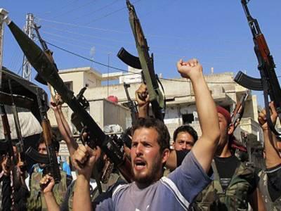 شام میں سکیورٹی فورسزاور باغیوں کے درمیان جھڑپوں میں آج مزید ڈیڑھ سو افراد جان سے ہاتھ دھو بیٹھے جبکہ ہزاروں شامی باشندے ترکی اور لبنان ہجرت پر مجبور ہو گئے ہیں۔