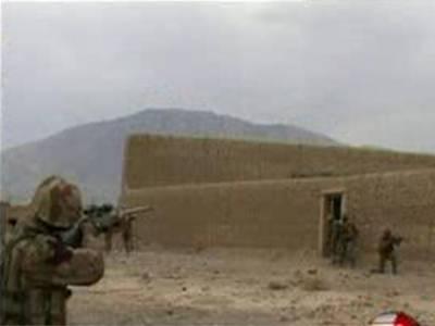 لوئردیرکے تھانہ مایار پر خود کش حملے کی کوشش ناکام بناتے ہوئے سکیورٹی فورسزنے فائرنگ کرکے حملہ آور کو ہلاک کردیا.