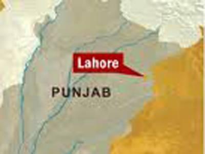 لاہور کے علاقے پیکو روڈ پر گیس سلنڈر کی دکان میں دھماکے سے پانچ افراد زخمی ہو گئے۔
