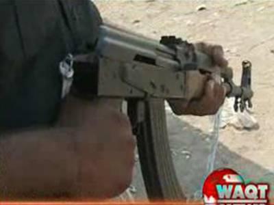 کراچی میں نامعلوم افراد نے فائرنگ کرکے پولیس اہلکارسمیت سات افراد کوموت کی نیند سلا دیا