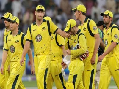 پاکستان نے آسٹریلیا کو ٹی ٹونٹی سیریز میں روند کر آئی سی سی رینکنگ میں دس ویں نمبر پر دھکیل دیا۔