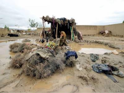 پنجاب میں بھی بارشوں نے خوب تباہی مچائی ہے۔ چھتیں اور دیواریں گرنےاورکرنٹ لگنے کے واقعات میں پندرہ سے زائد افراد جان کی بازی ہار گئے۔