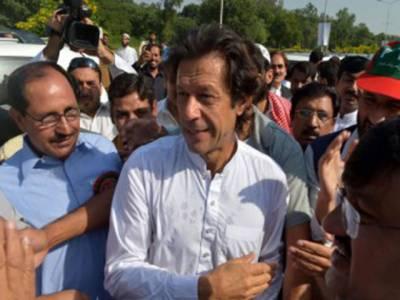 امن مارچ کو طالبان کے حملوں کا نہیں،سیاستدانوں سے خطرہ ہے:عمران خان