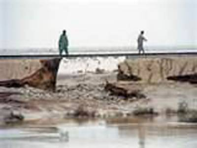 سندھ،بلوچستان اور جنوبی پنجاب میں سیلاب کو ایک ماہ گزرگیا, ریلوے ٹریکس، سڑکیں اورتعلیمی ادارے پانی کی لپیٹ میں