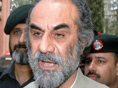 اسلام آباد ہائی کورٹ نے بلوچستان کے زلزلہ متاثرین کو عدم ادائیگیوں سے متعلق توہین عدالت کیس میں وزیراعلی اسلم رئیسانی اور دیگر کو شوکاز نوٹس جاری کردیے۔